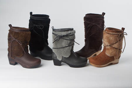 all clog boots are available in: black base, brown base, and natural base  color. LPTWGCY
