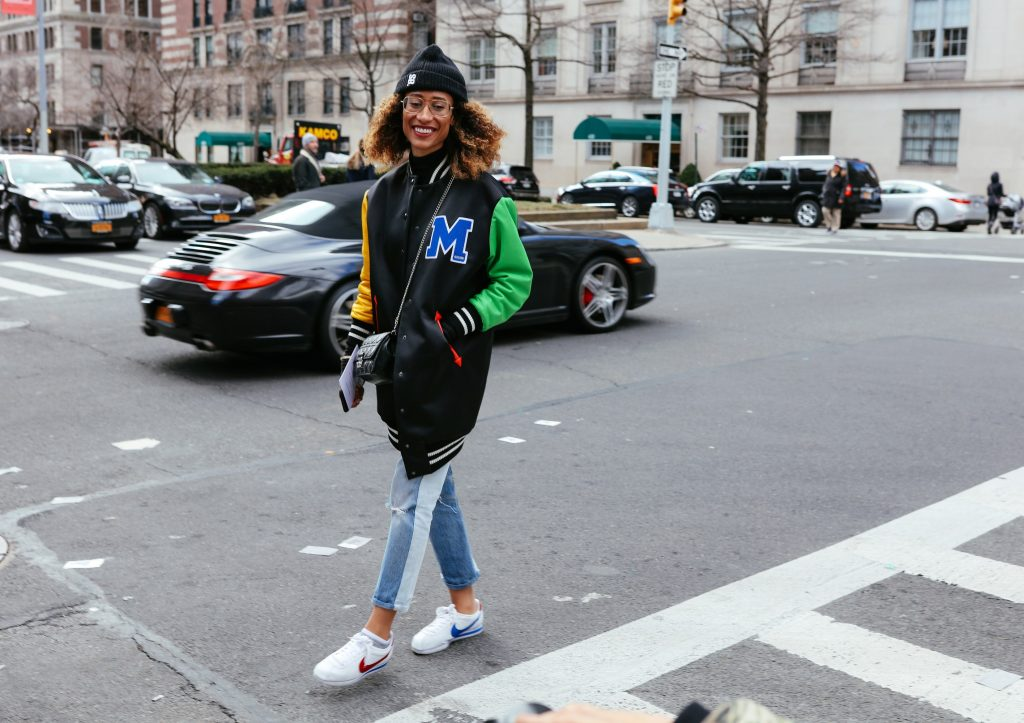 best street style photos from new york fashion week fall 2017 shows – vogue FYTUMGI
