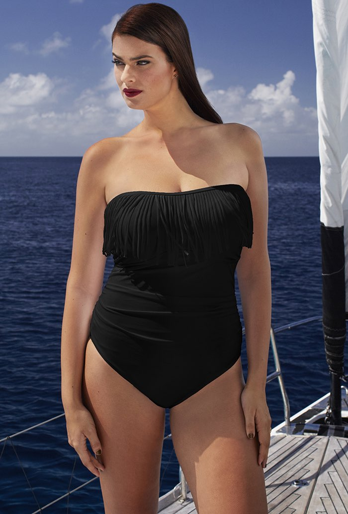 Bandeau swimsuits- the perfect attire for summer