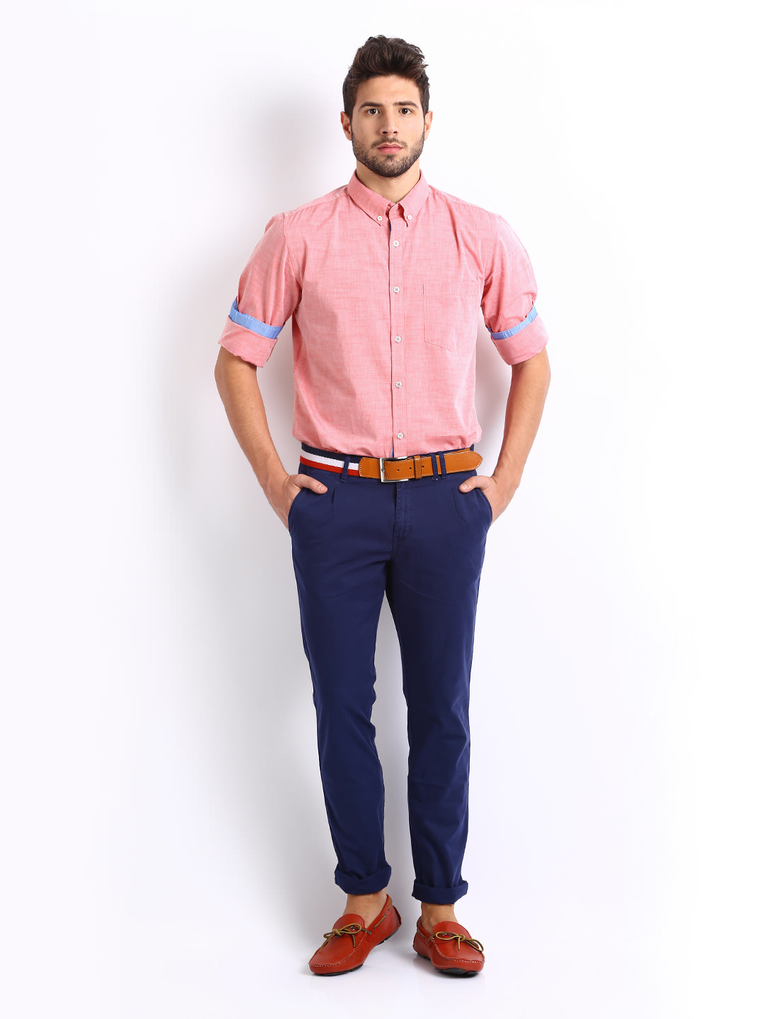 Getting the casual pink shirt for men