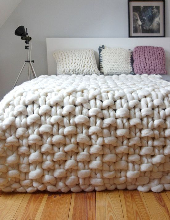 chunky knit throw, chunky wool blanket, giant knit blanket this is a  luxurious handmade BTDIHFE