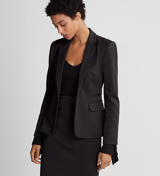 Look fashionable and professional at your workplace in the George Women's Plus Size Classic Career Blazer. It features a pair of front pockets and easily coordinates with various blouses, skirts and slacks. This women's plus size blazer is also available in a range of colors. About This Item. Professional/5().