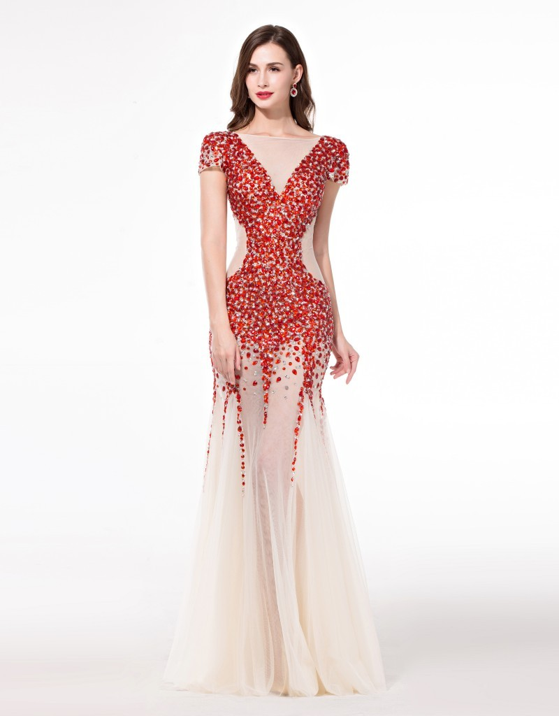 Choosing couture dresses for Designer haute couture dresses