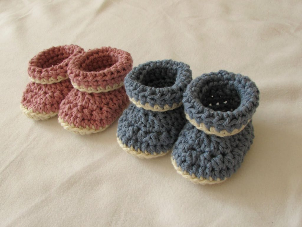 crochet baby booties very easy crochet cuffed baby booties tutorial – roll top baby shoes for  beginners RDLZHMN