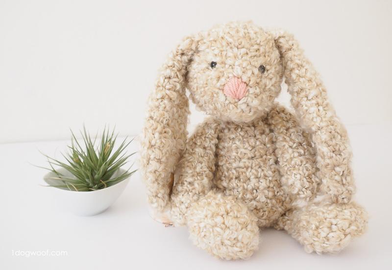crochet bunny pattern floppy-eared stuffed bunny crochet pattern MSWOCKQ