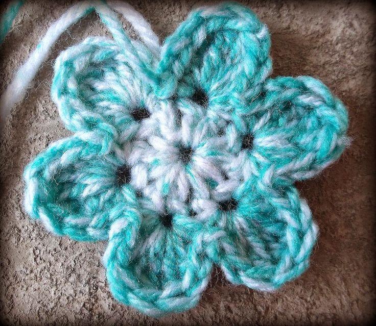 crochet flower pattern easy six petal flower pattern UBDHTUV