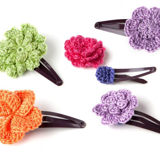 crochet hair accessories easy crochet pattern for a cute hair clip with step-by-step photo  instructions ELSSKUL