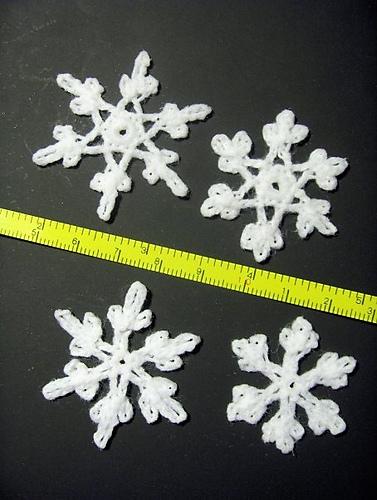crochet snowflake pattern free snowflake crochet patterns FJFHFPV