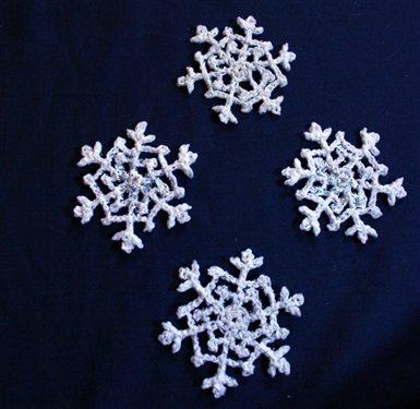 crochet snowflakes crochet snowflake patterns TAAFFPR