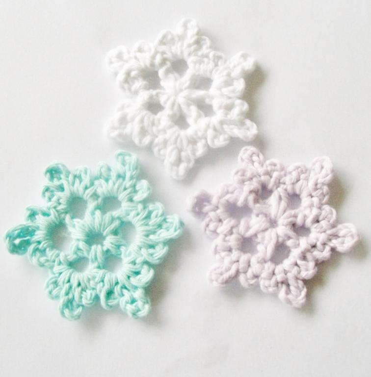 crochet snowflakes easy crochet snowflake free pattern RECCGGB