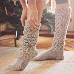 crochet socks crochet knee high socks pattern RAAEFBQ