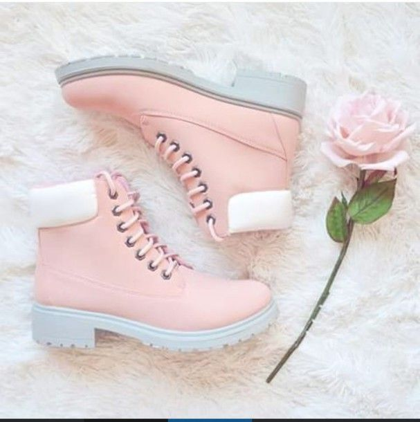 cute shoes enter to win this girly holiday giveaway! ♡ i would love a pair of these DJDSSMU