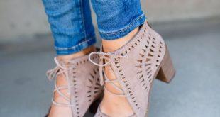 cute shoes the not-so-basic white blouse | the teacher diva FTGKJFG