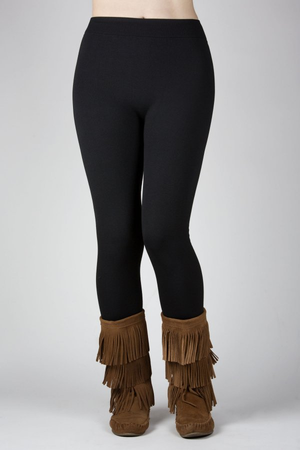 Importance of wearing beautiful and sleek fleece leggings