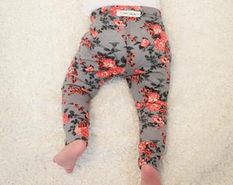 floral baby leggings/ toddler leggings/ newborn leggings/ baby girl leggings/  baby gift VSXXNDR