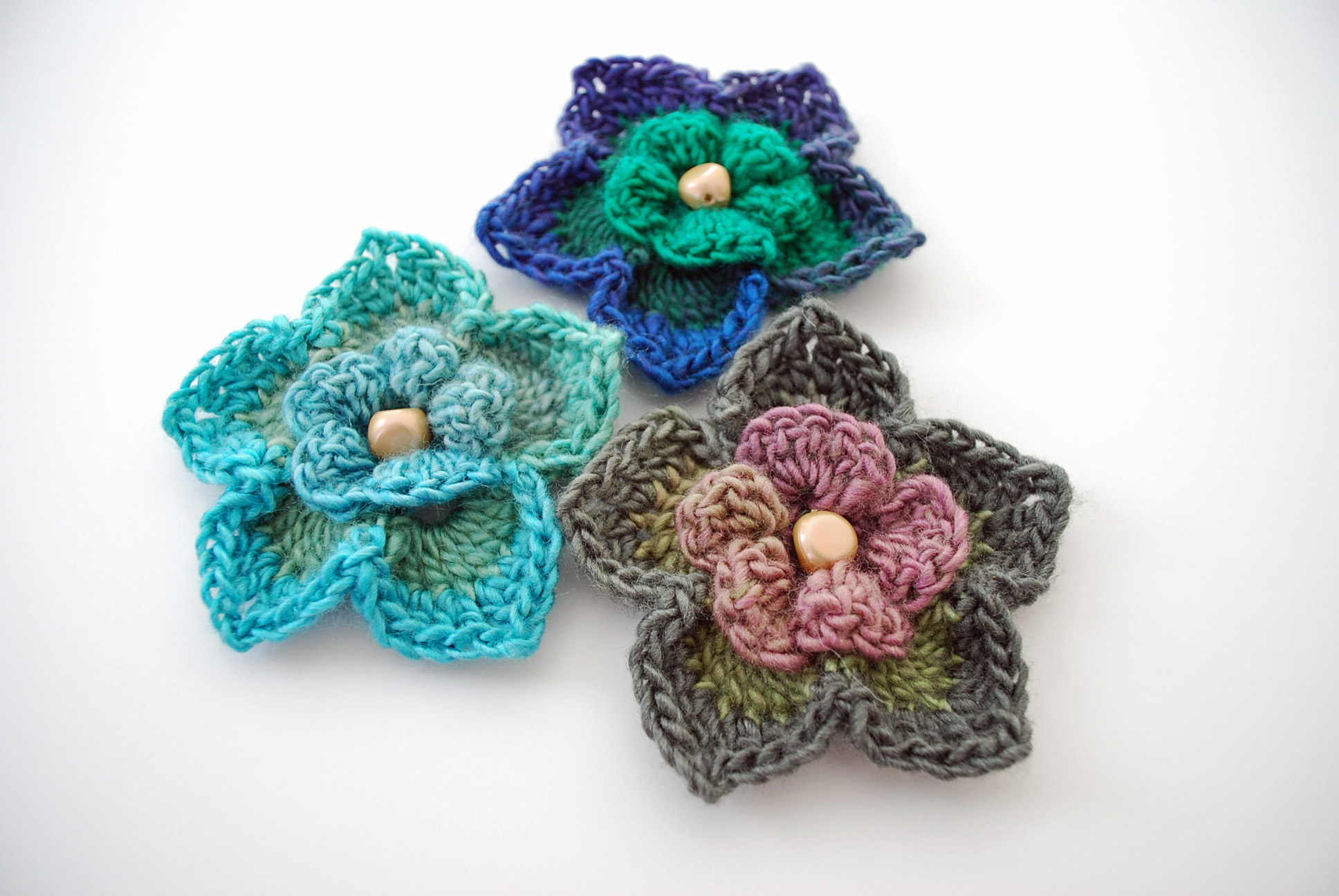 free crochet flower patterns free crochet flower pattern: lovely layers flower QAADMHD