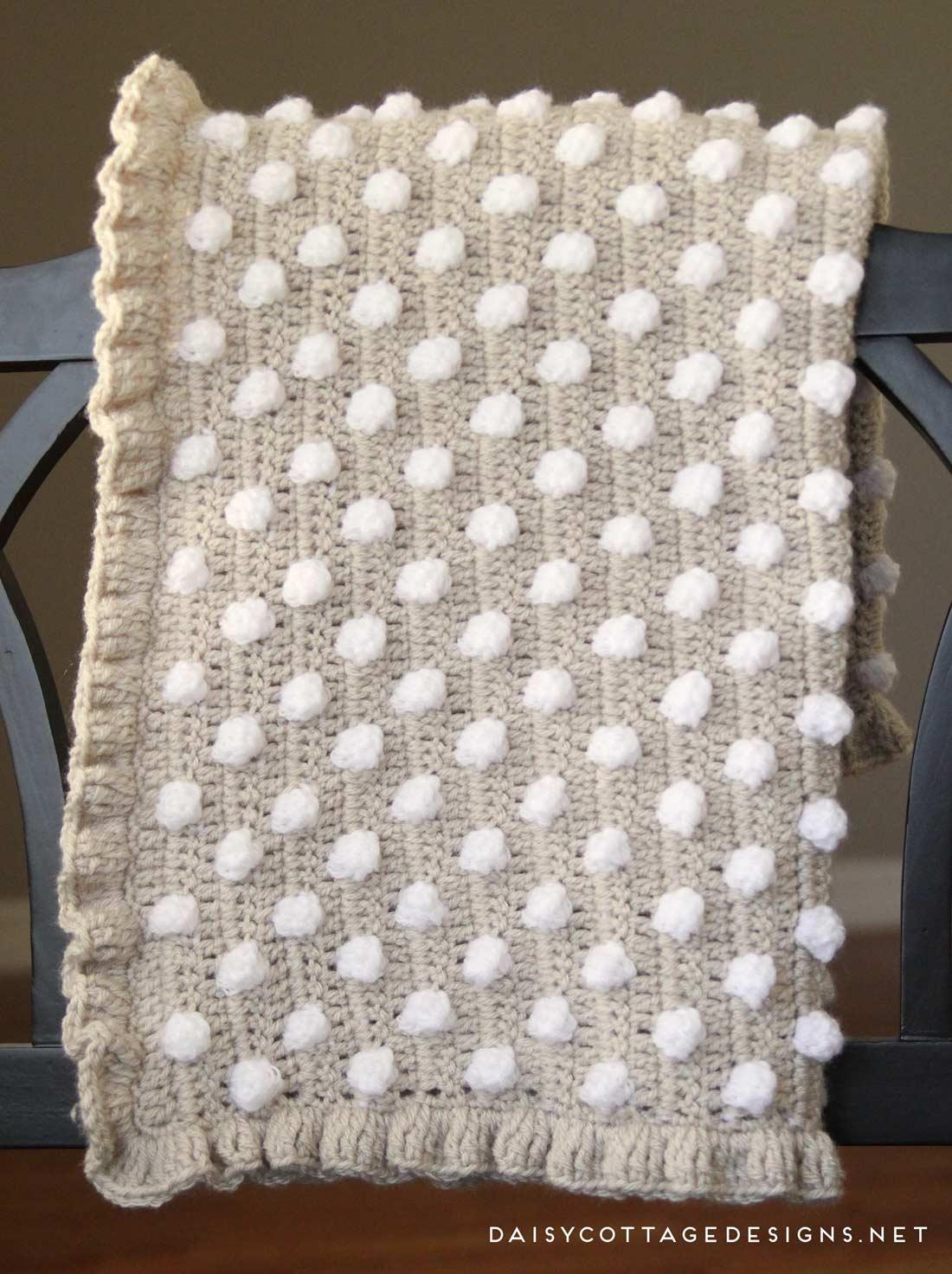free crochet pattern | crochet blanket pattern | crochet baby blanket |  polkadot blanket CXOFKRD