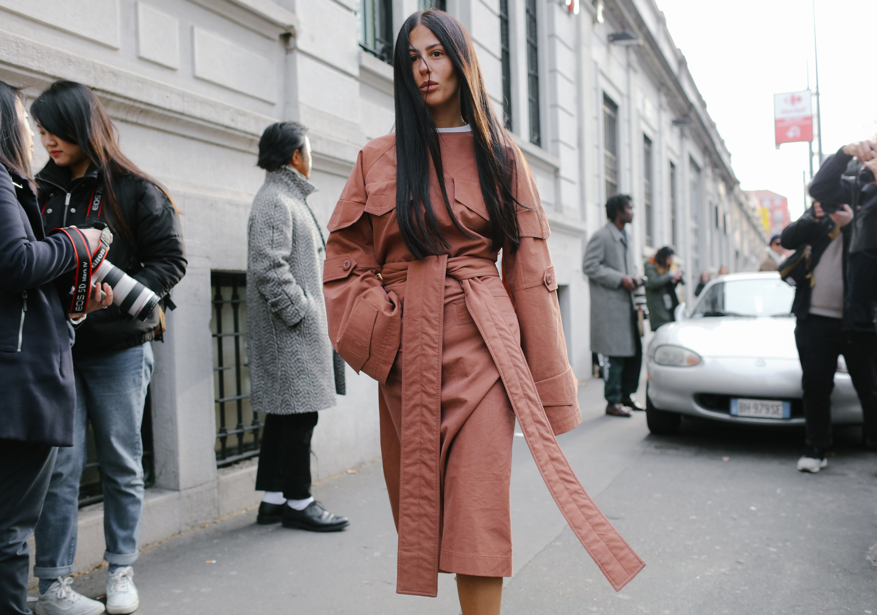 global street style fashion, news, photos and videos - vogue MHYYSFU