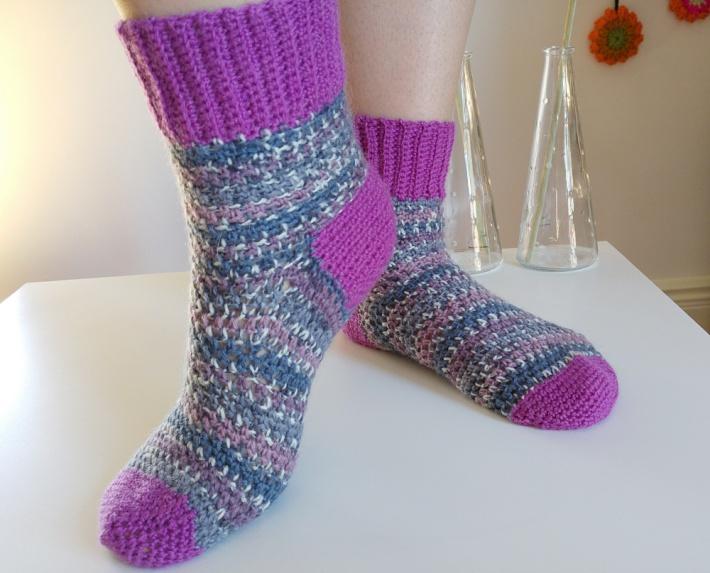 how to crochet socks super sonic socks 1 TDMOYNX