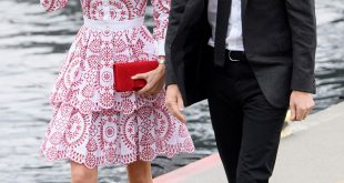 kate middleton style: duchess kateu0027s most stylish moments GRNQCJO