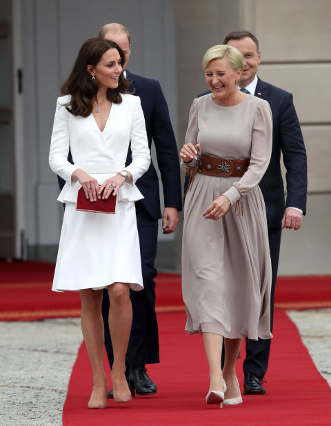 kate middleton style kate middleton arrives in poland for european state visit QJSESOP