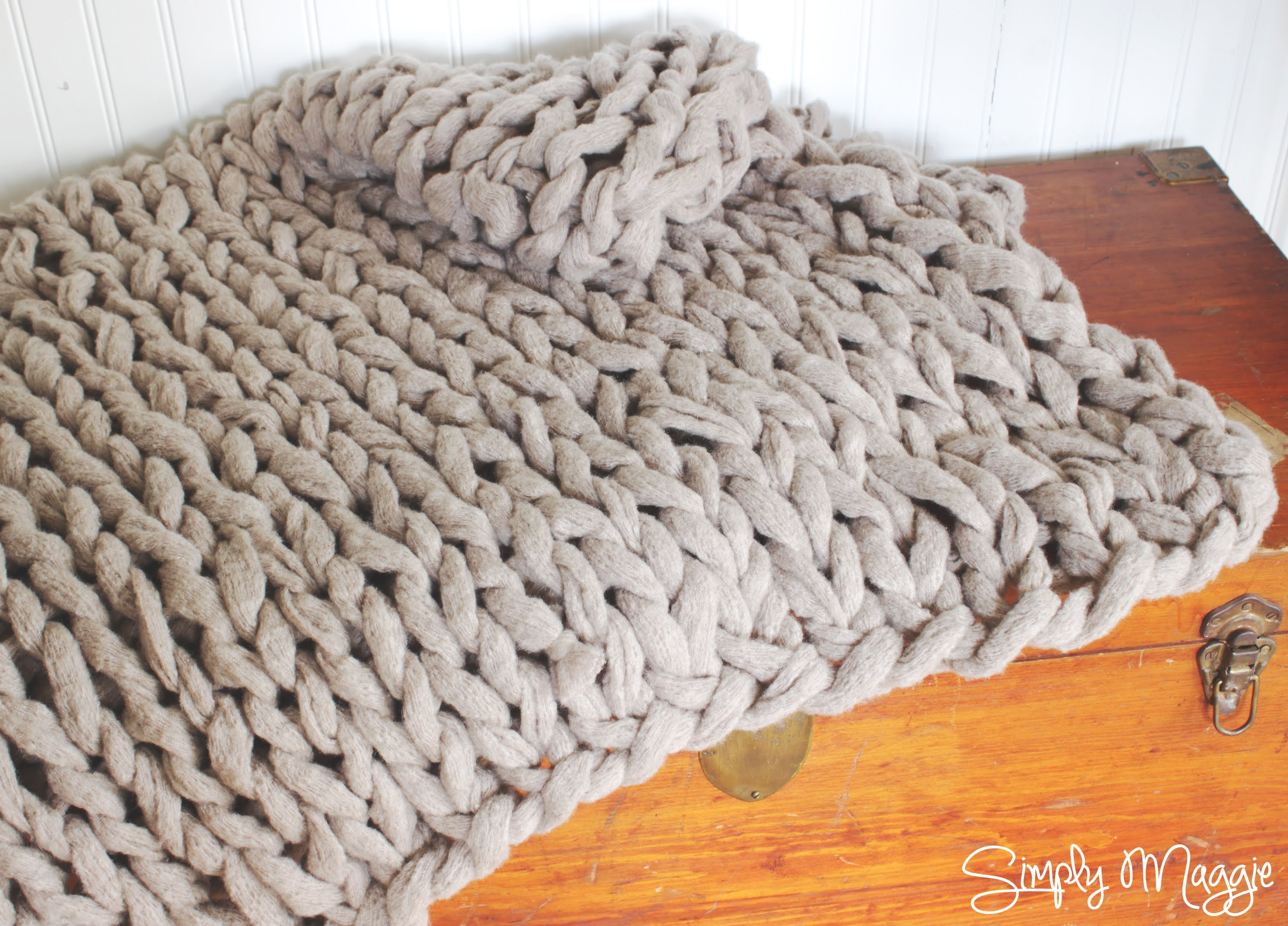 knitted blanket how to arm knit a blanket in 45 minutes with simply maggie - youtube OMZFPYB