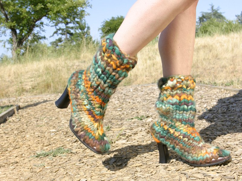 Ideas on how to wear knitted boots