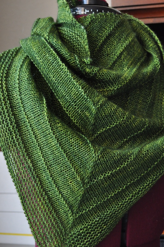 knitted shawl patterns best 25+ knitted shawls ideas on pinterest | knit shawl patterns, shawl and  knitting TLKDKQN
