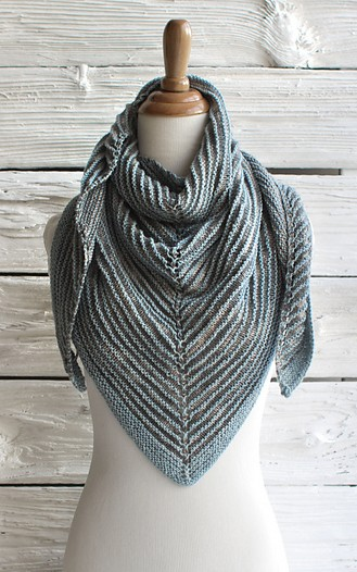 Few info on knitted shawl patterns - fashionarrow.com