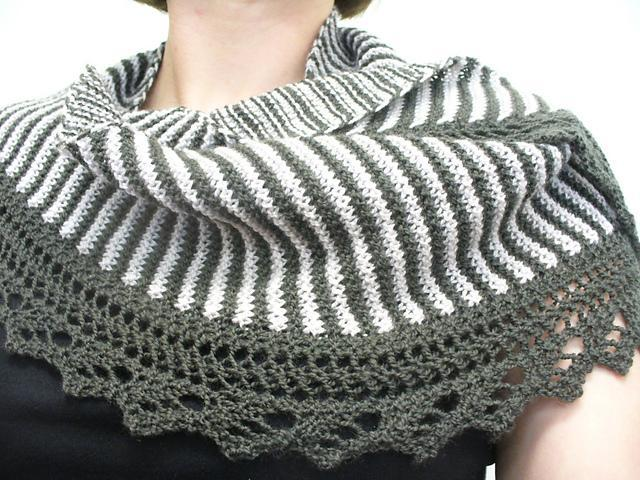 knitted shawl sencillo shawl free knitting pattern FWSLTNV