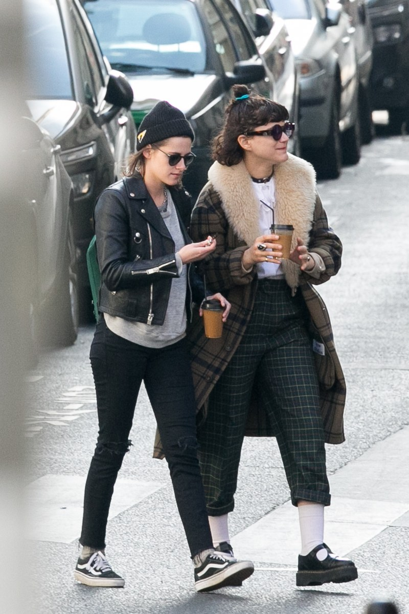 kristen stewart style paris, france - march 15: actress kristen stewart and stephanie sokolinski  a.k.a. soko are NDXLRXN