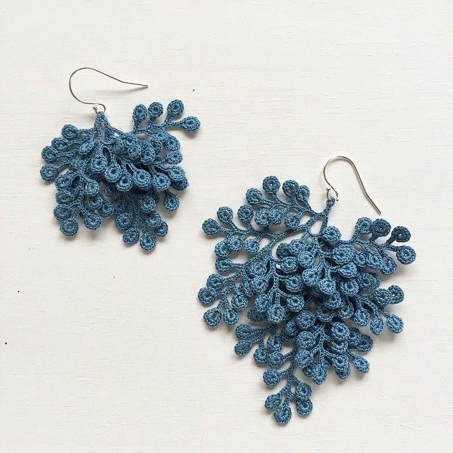 organic micro crochet jewelry artist fujitamiho (miho fujita) LIHYDHN