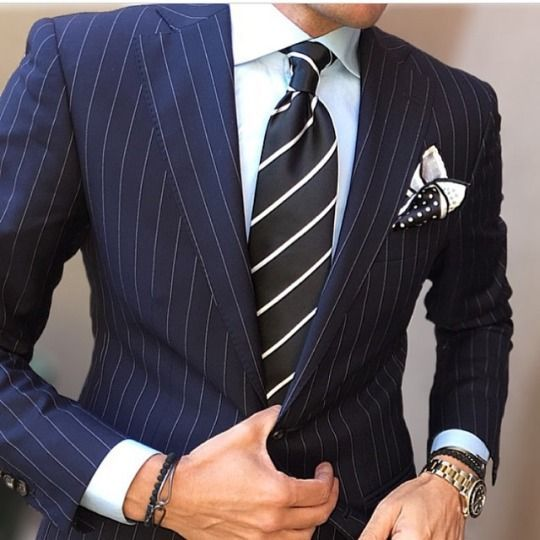 pinstripe suit ストライプネイビースーツ,レジメンタルストライプネクタイ,navy blue suit UQAHGZN