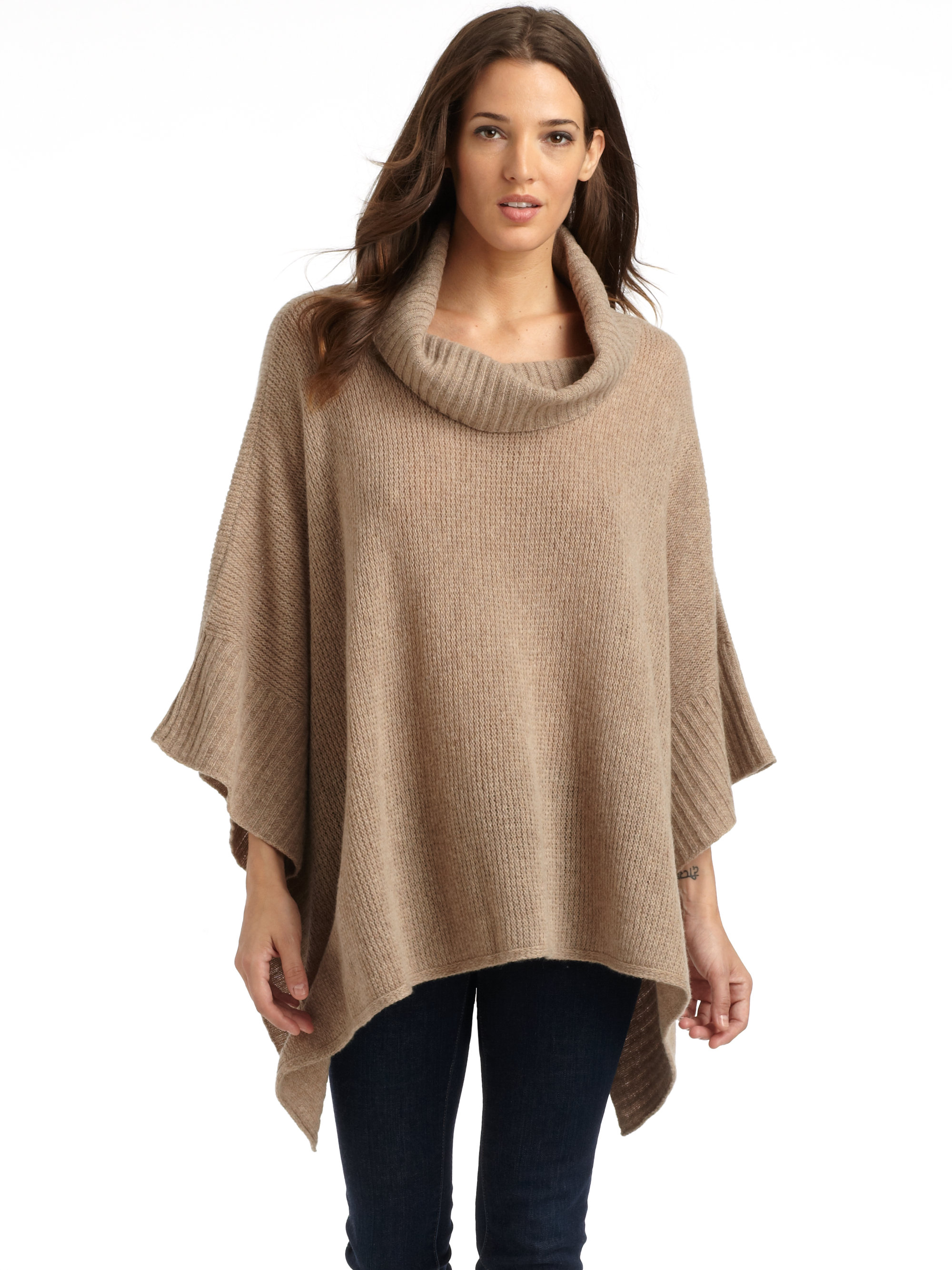How to wear a poncho sweater?