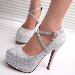 Silver pumps: a must have for your shoes stand!