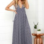 The right way to wear summer maxi dresses