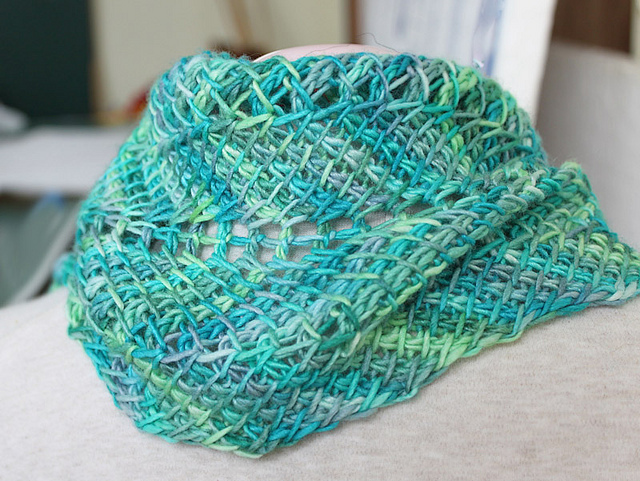 Tunisian Crochet patterns ... tunisian ripple scarf - gotta learn tunisian crochet so i can make this! ZKWZHQK