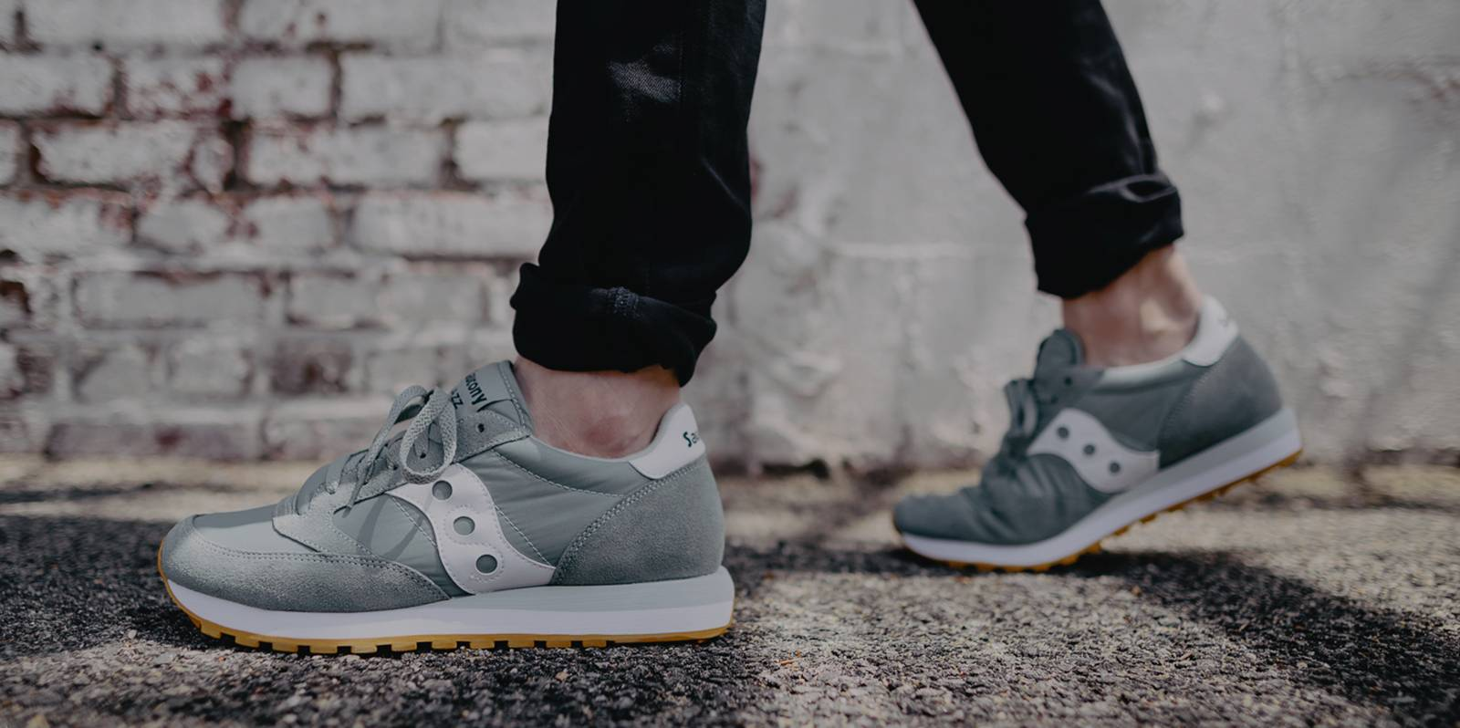 saucony sneakers shop now FPAPSZA