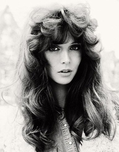 We Want The 70s Hair Styles Back: Ways To Master The Fringes & Bangs