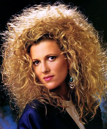 List of 33 Most Popular 80's Hairstyles for Women [Updated]