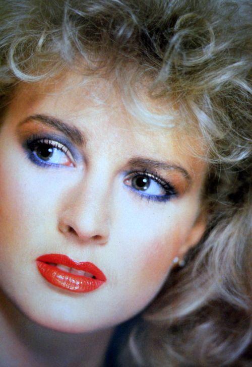 week8- 1980s makeup A little subtler than other 80s makeup looks