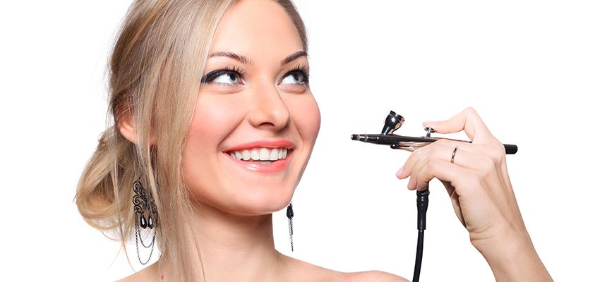 What Is Airbrush Makeup & How Does It Work? [Ultimate Guide]