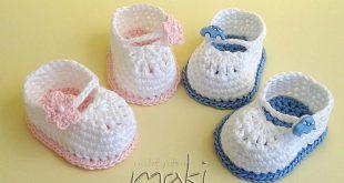 FREE CROCHET PATTERN: Super cute Mini booties - Maki Crochet Patterns