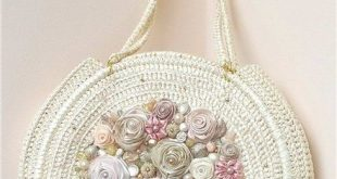 Beautiful crochet purse by master crocheter Svetlana Tregub. I want