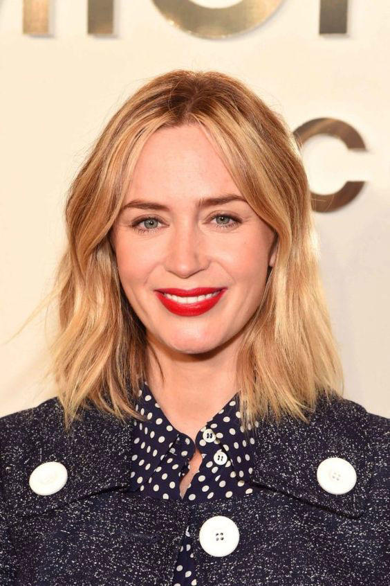 The Best Short Hairstyles for Oval Faces - Southern Living