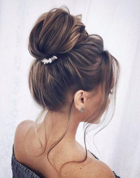 Bun Hairstyles: 9 Top Knots For Every Hair Type u2013 Luxy Hair