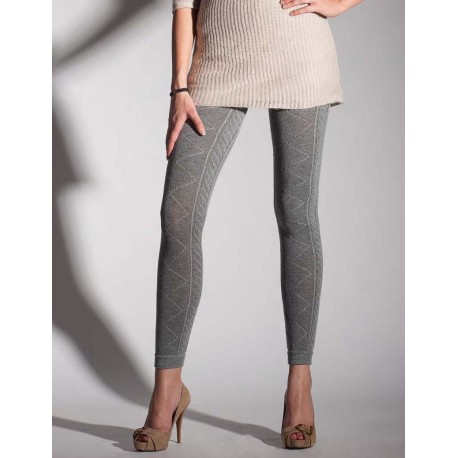 Staying warm and fashionable with cable   knit leggings