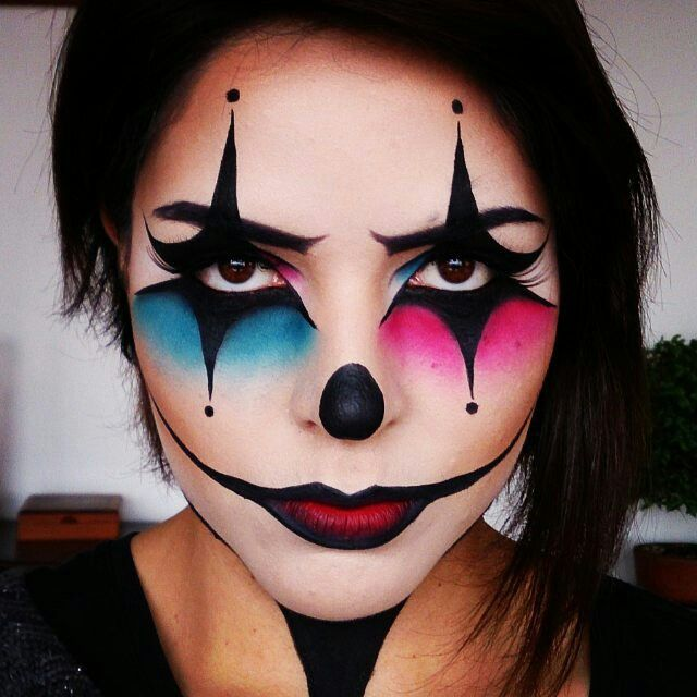 Get a perfect clown make up