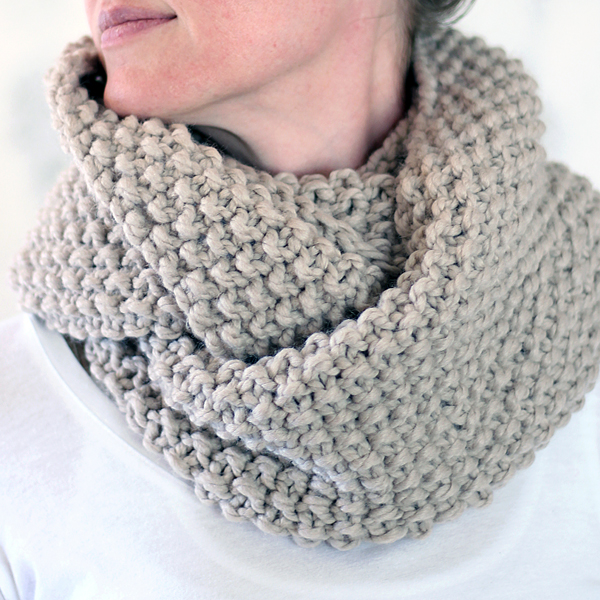 REVERENCE : Women's Cowl Knitting Pattern - Brome Fields