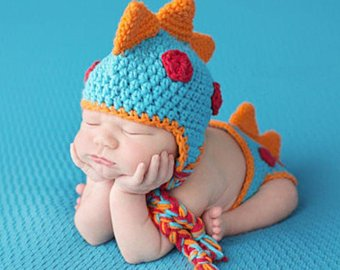 Crochet baby outfits on the Internet